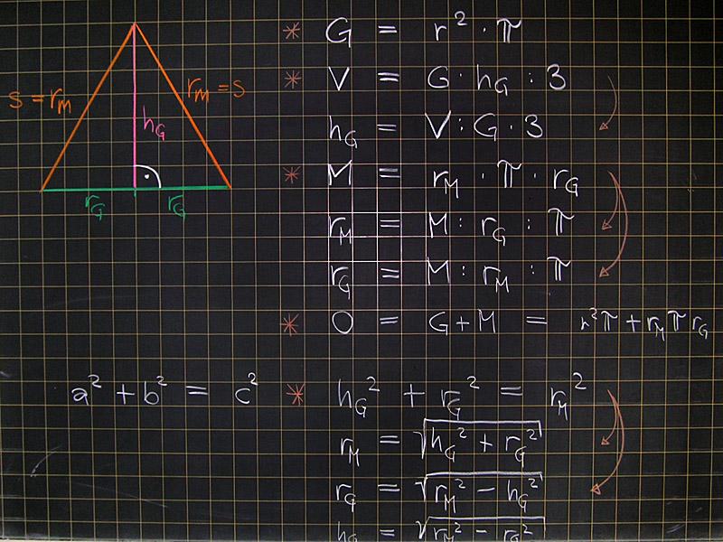 mathematik geometrie tafelbilder pyramide berechnungen. Black Bedroom Furniture Sets. Home Design Ideas